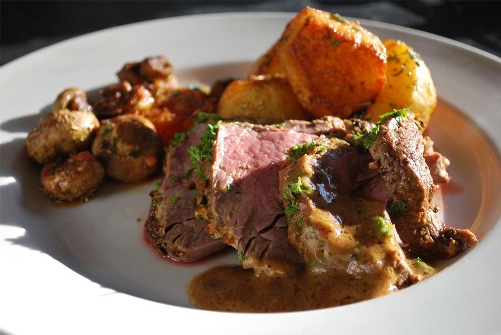 Cajun Beef Fillet with Herb Roasted Potatoes
