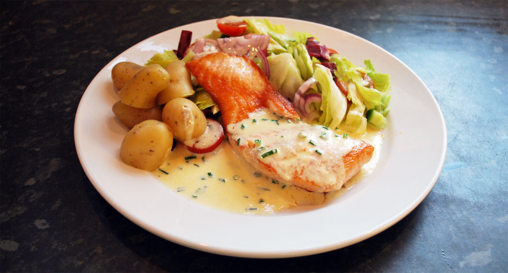 Salmon with New Potatoes & Salad in Chive Butter Sauce